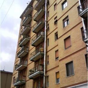 Cologno Monzese, Viale Romagna – Bilocale da ristrutturare